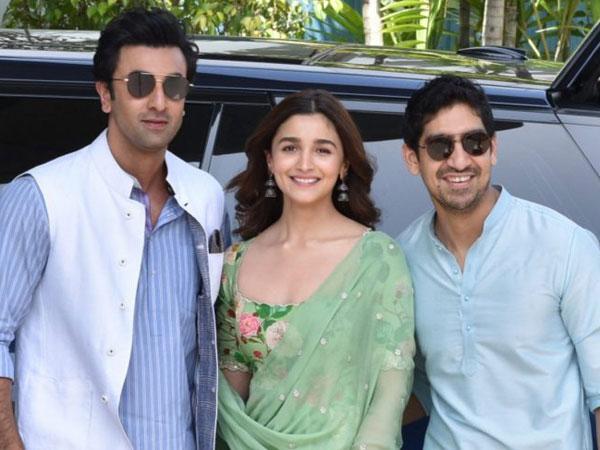 Alia Bhatt BEGGED Ayan Mukerji To Cast Her Opposite Her Boyfriend Ranbir Kapoor!