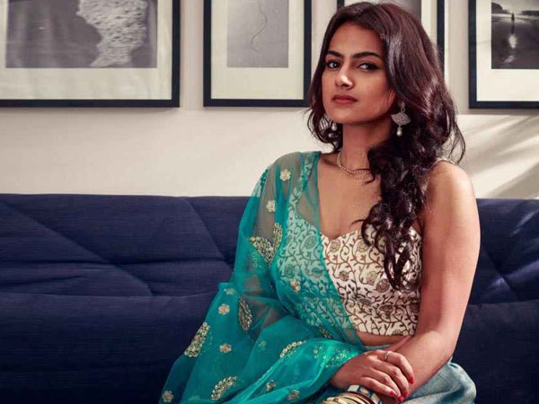 Exclusive: Nani Is An Extremely Dedicated And Versatile Performer, Says Jersey Star Shraddha Srinath