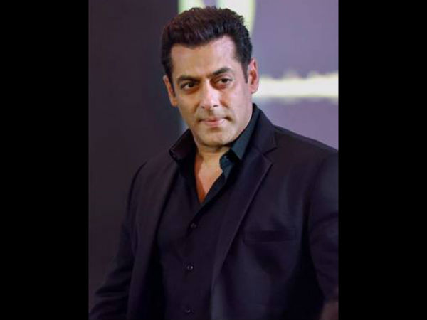 Salman Mocked At Vivek Saying He's 'Petrified'