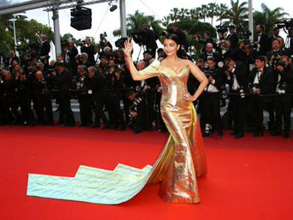Now, All Eyes On Aishwarya's Second Appearance