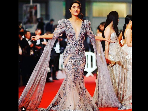 First Red Carpet Look Of Hina