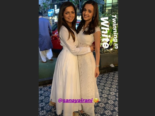 Drashti & Sanaya Twin In White!