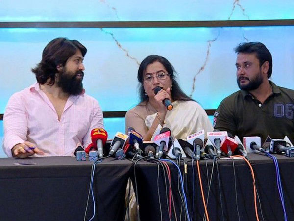 Sumalatha's Confident That She'll Win Mandya Elections; Is Darshan & Yash's Prophecy Coming True?