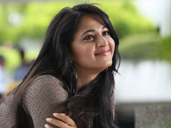 Anushka Shetty's Emotional Post For A Special Person Goes Viral: 'He Lives In My Heart'