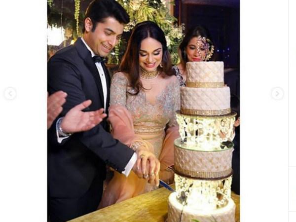 Ssharad Malhotra Hosts Grand Reception At Kolkata; Here's Where He Wants To Take Ripci For Honeymoon