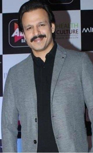 Vivek APOLOGIZES & DELETES Salman-Aishwarya Meme!