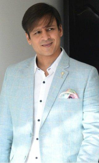 Vivek Oberoi Takes A POTSHOT At Aishwarya & Salman!
