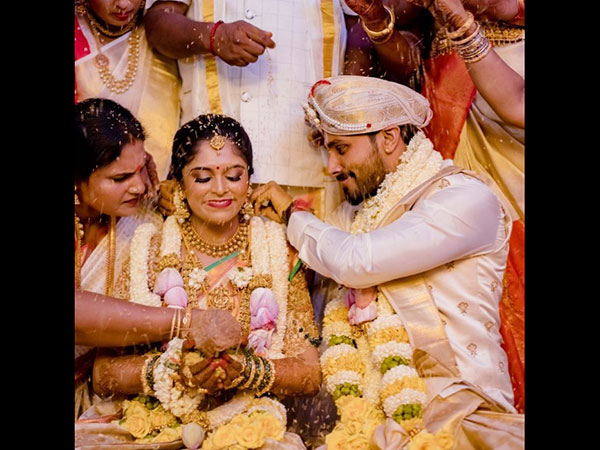 Jagan's Married To Rakshita!