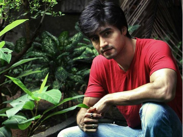 Bepannaah's Harshad Chopda On His Secret Girlfriend; Reveals Awkward Moment Doing Intimate Scene!