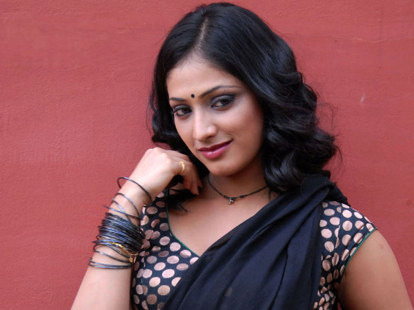 Haripriya Leaves Fans In Shock By Announcing A Sudden Break From The Industry! Here's Why