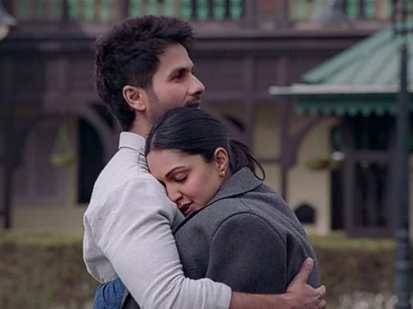 Shahid Kapoor romances Kiara Advani in new Kabir Singh song, Mere Sohneya