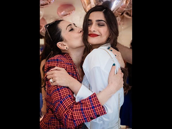 Happy Birthday Karisma Kapoor: Madhuri, Sonam, Malaika & Others Send Warm Wishes!