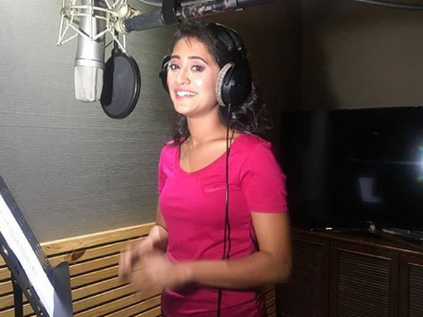Shivangi Sings For The First Time