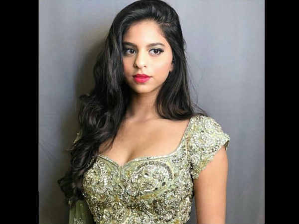 Shahrukh Khan's Daughter Suhana Won't Be Making Her Bollywood Debut Soon!