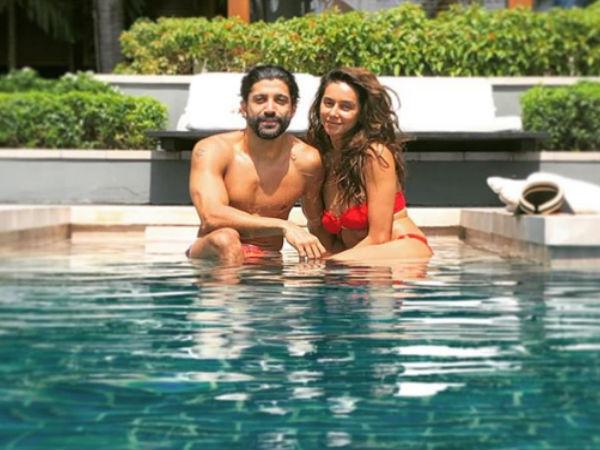 MOST READ: Farhan Akhtar & Shibani Dandekar's Poolside Pic Is Sizzling, Yet Adorable! SEE PIC!