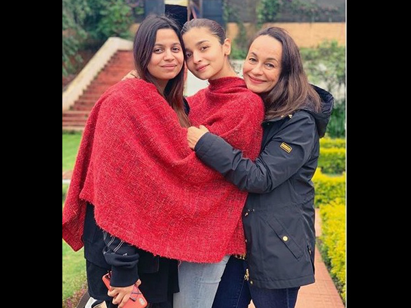 Alia Bhatt Shares A Cute Frame With Her Mother & Sister