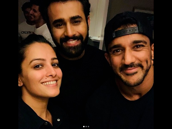 Anita Hassanandani Wishes Her Co-actor On His Special Day