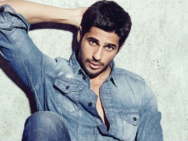 Sidharth Malhotra Flunked Class 9 Due To Girls