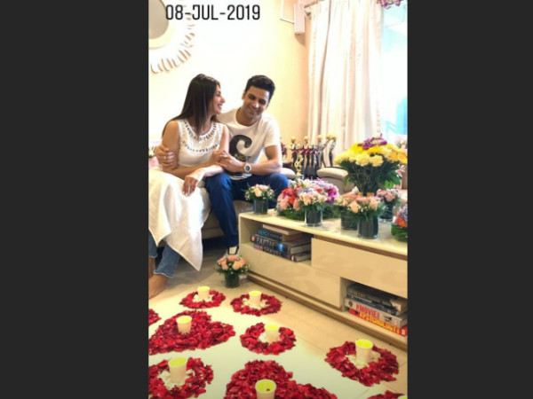 Vivek Dahiya Gets Discharged From Hospital; Divyanka Tripathi Welcomes Hubby In A Special Way!