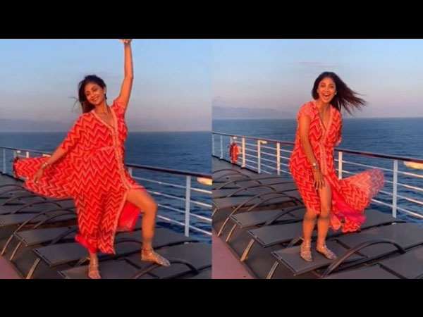 Shilpa Shetty's OOPS Moment Goes Viral; Actress Has Her Own 'Marilyn Monroe' Shot!