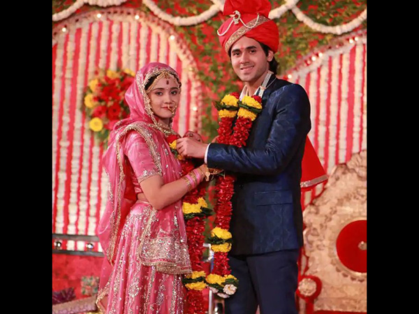 Ashi Singh Was In Tears When Told Of Yeh Un Dinon Ki Baat Hai's End; Randeep Rai Shocked!