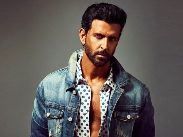 Hrithik Roshan BEATS Chris Evans & Robert Pattinson; Tops List Of 5 Most Handsome Men In The World!