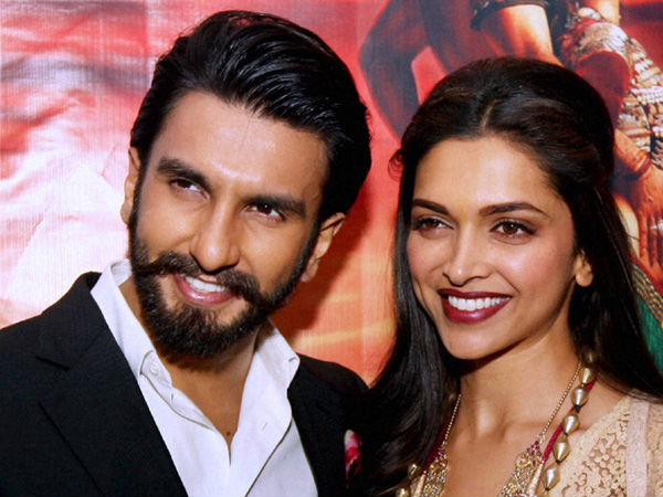 Did Deepika Padukone Just Call Ranveer Singh 'Daddie' During A Live Chat?