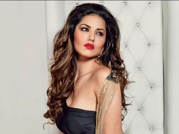 Sunny Leone Tops Most Googled Celebs List Twice In A Row!