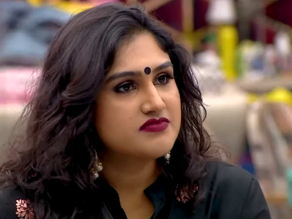 Vanitha Vijayakumar Is The New Wild Card Entry; Bigg Boss Tamil 3 Fans Lash Out At The Team!