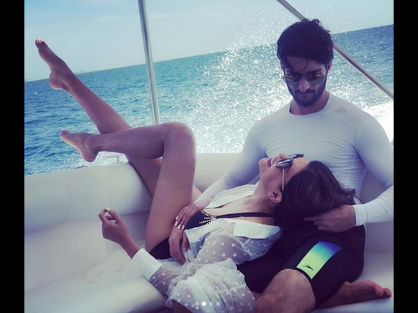 Sushmita Sen Gets Cozy With Boyfriend Rohman Shawl In These Photos & It's All Things LOVE!