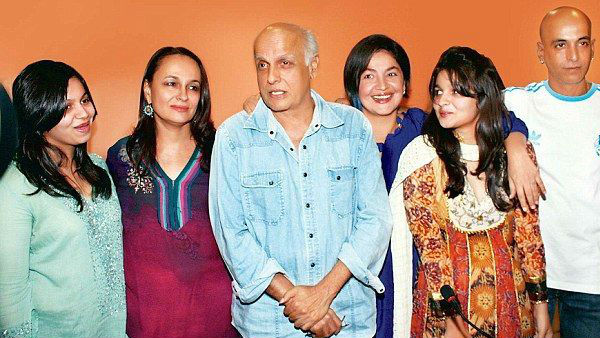 What Did It Take For Pooja Bhatt To Accept Soni Razdan & Share Her Father With Her?
