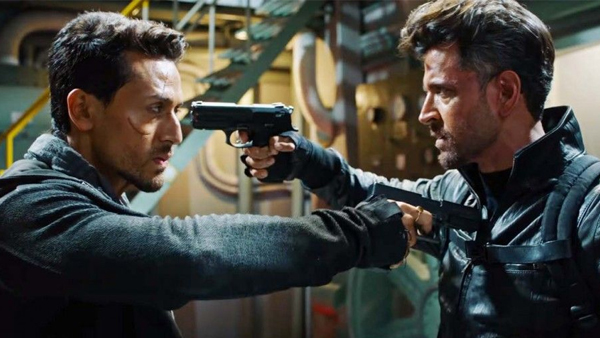 War FIRST MOVIE REVIEW Out: This Hrithik Roshan vs Tiger Shroff Film Will Blow Your Mind!