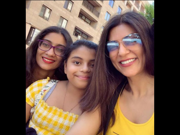 Video: Sushmita Gifts Her Daughter A Scuba Diving Experience