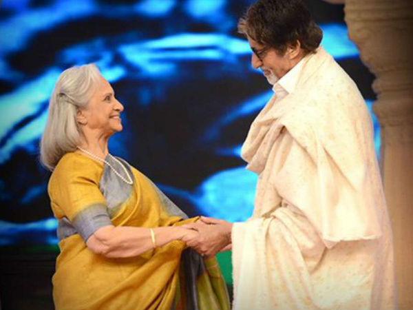 Amitabh Bachchan RAN To Waheeda Rehman With Her Juttis When She Was Shooting Bare Feet In A Desert!