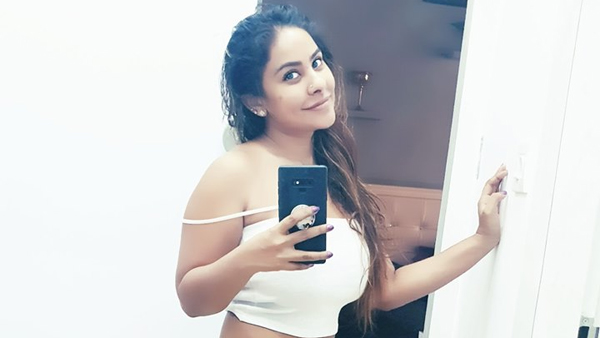 Sri Reddy Takes A Nasty Dig At Pawan Kalyan With Cartoon!