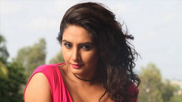 Also Read : Ragini Dwivedi Summoned By CCB In Sandalwood Drug Racket