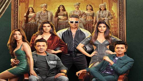 'Housefull 4' To Have Special Promotions In Trains