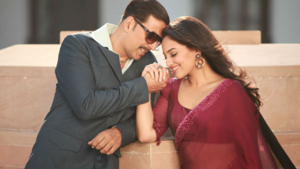 Sonakshi Defends Akshay