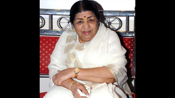 Lata Mangeshkar's Condition Stable; Recovering From Viral Chest Congestion!