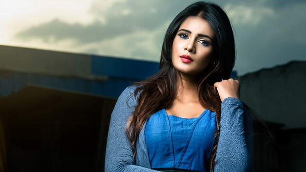 Meera Mitun Says Kollywood Is Against Me