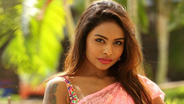 Sri Reddy's Controversial Remark On AR Murugadoss