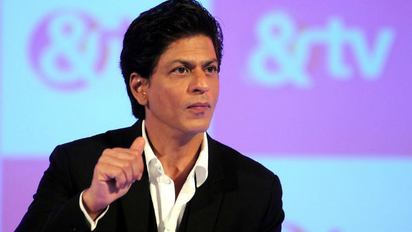 Happy Birthday Shah Rukh Khan: 6 Times King Khan Floored Us With His Wit!