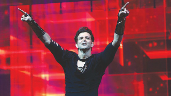 Hrithik Roshan's Dancing Video As A Kid Goes Viral; Netizens Can't Get Enough Of His Awesome Moves!