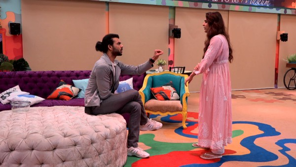 Bigg Boss 13 Day 64 - Will Madhurima And Vishal Give A Second Chance To Their Broken Relationship?