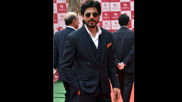 Why Are The SRKians So Upset With Shah Rukh Khan? Threaten The Superstar To Harm Themselves