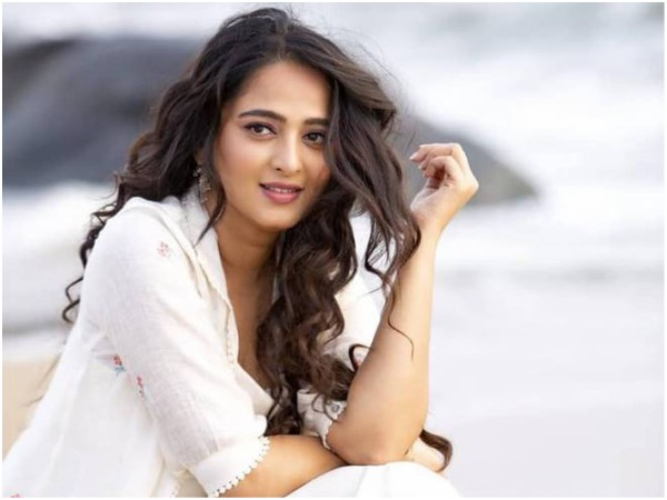Has Krish Jagarlamudi Approached Anushka Shetty For Pawan Kalyan Starrer?