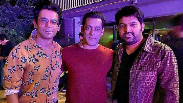 Salman Khan Brings Sunil Grover And Kapil Sharma Together At Sohail Khan's Birthday Bash