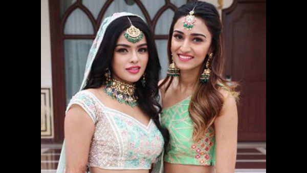 Kasautii Zindagi Kay's Sonyaa Ayodhya Gets Hitched To Harsh Samorre; Erica Fernandez & Others Attend