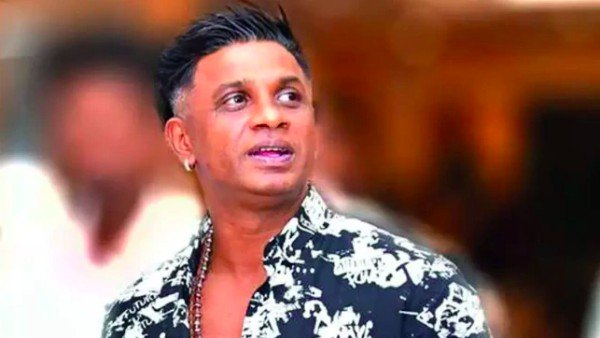 Duniya Vijay Cuts Birthday Cake With A Sword; Police Send Notice To The Actor