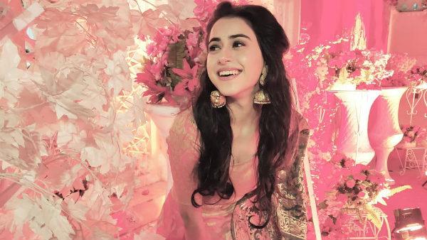 Dil Toh Happy Hai Ji Actress Sejal Sharma Commits Suicide; Jasmin Bhasin Expresses Shock